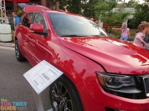 red-jeep-grand-cherokee
